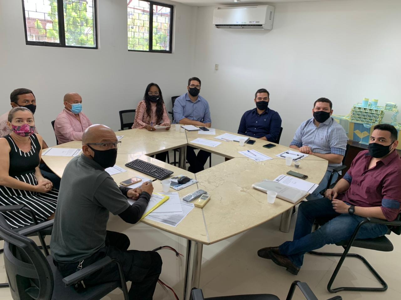 Seas realiza reunião com membros do Sintbem sobre a Seleção Pública